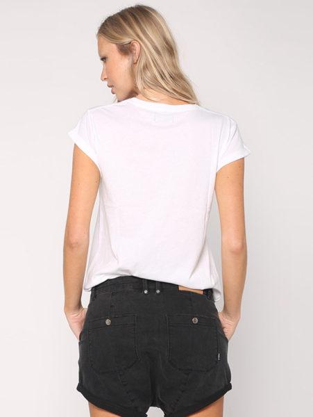 logo-tee-back-white_77b1b0fa-5c24-4bb0-a78f-1580df0b5f71-600